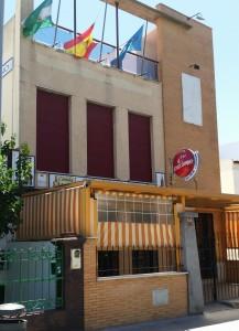 Edificio de la sede social del centro asturiano